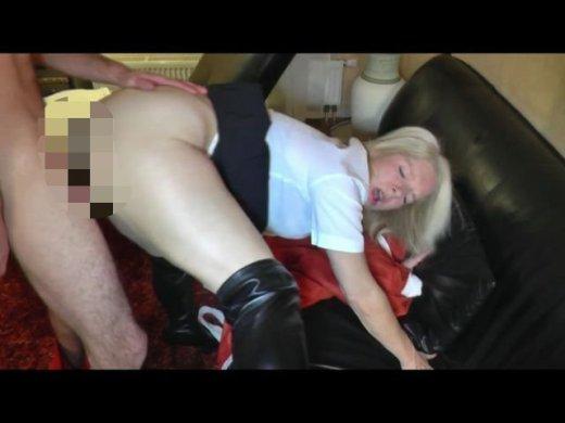 Amateurvideo Bad Santa zerfickt meinen Arsch! Bis die Tränen liefen von KissiKissi